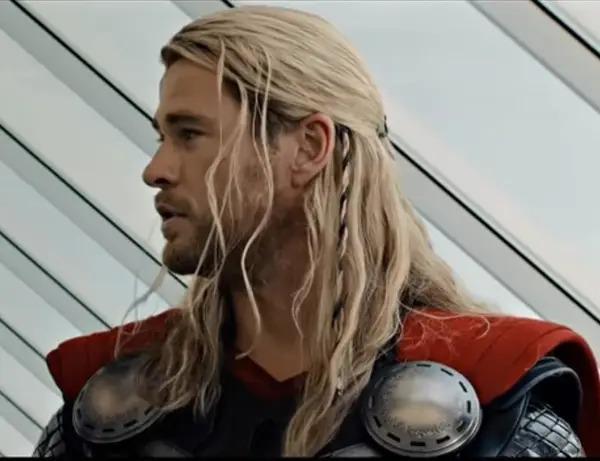 15 lần Marvel khiến fan trầm trồ vì tỉ mỉ đến từng chi tiết - 15