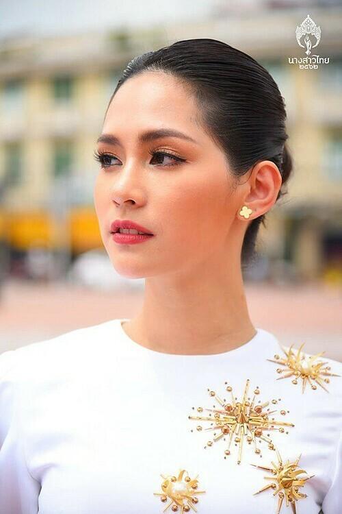 Sireethorn trước đó chỉ có hai tháng để chuẩn bị cho cuộc thi quốc tế sau khi chiến thắng Miss International Thailand. Cô được chuyên trang Missosology dự đoán có khả năng tiến xa nhờ giữ phong độ tốt suốt quá trình thi. Cô cũng được nhận xét thân thiện, hòa đồng với các thí khác.