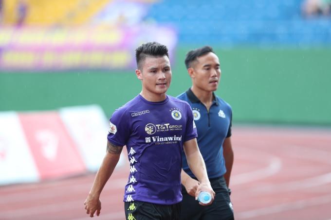 <p>Quang Hải được HLV Chu Đình Nghiêm điền tên vào đội hình đá chính.</p>