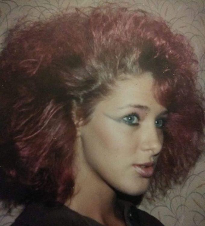 """<p>""""Phong cách ma mị của mẹ tôi vàonăm 1980"""".</p>"""
