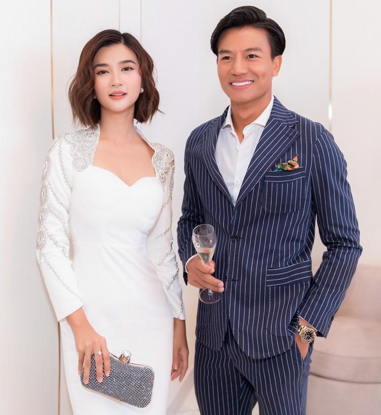 Kim Tuyến hội ngộ Hiếu Nguyễn. Cả hai thân thiết ở ngoài đời, thường xuyên đi event, làm thiện nguyện cùng nhau.