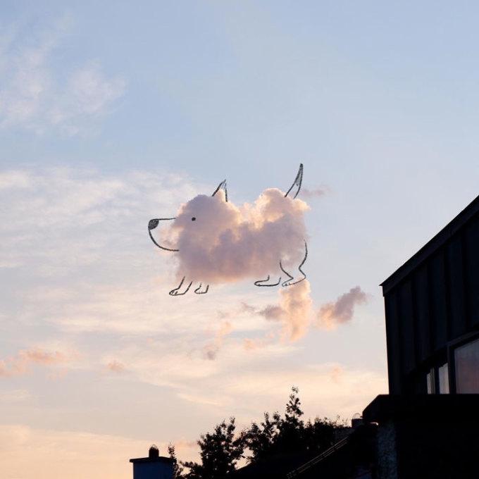 """<p class=""""Normal""""><span><span><span><span><span><span>Bên cạnh đó, nhiều người cũng đăng những bức ảnh vẽ nguệch ngoạc lên đám mây của họ trong bài đăng của Chris.</span></span></span></span></span></span></p>"""
