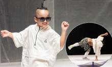 Con trai Đỗ Mạnh Cường nhào lộn ngẫu hứng khi diễn thời trang