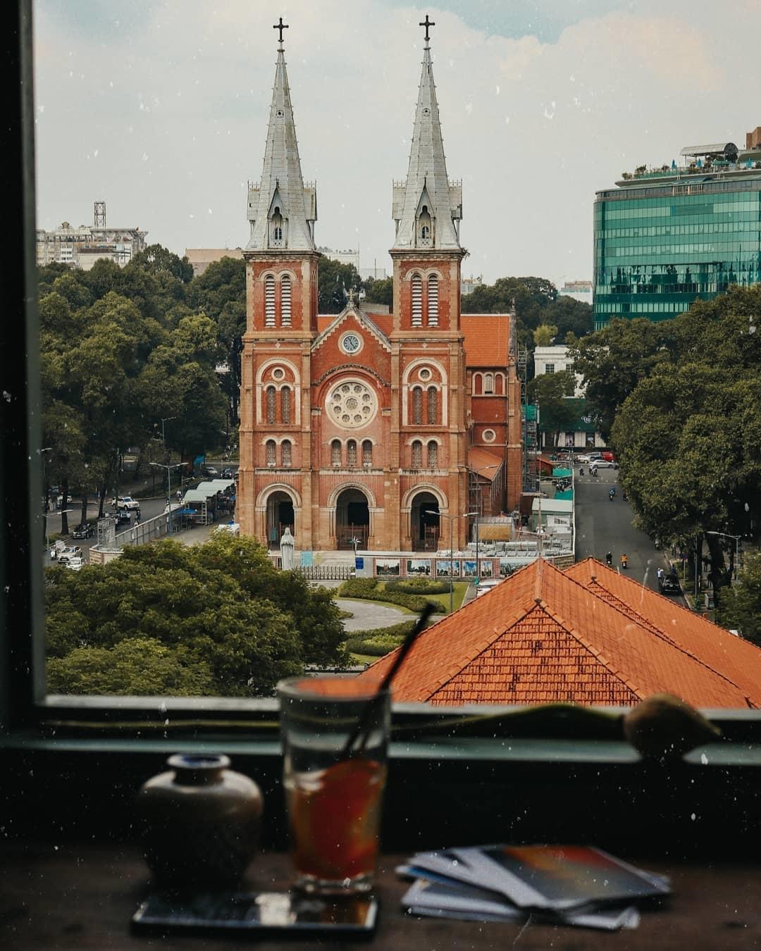 quán view đẹp nhà thờ đức bà