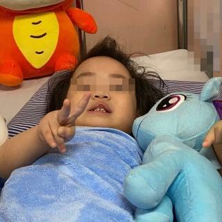Bé gái ngã từ tầng 12 chung cư dự kiến xuất viện vào ngày mai