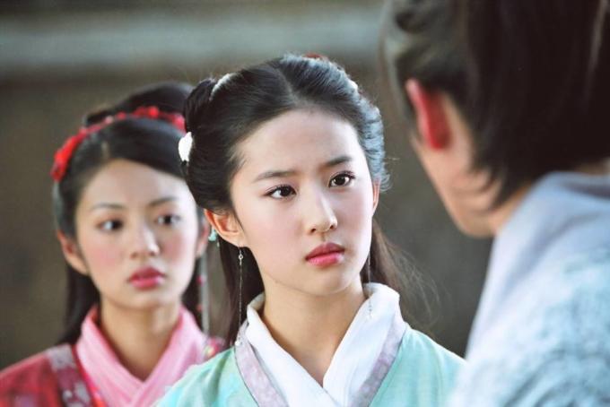 4 phim truyền hình đỉnh cao của Lưu Diệc Phi trước khi trở thành thuốc độc phòng vé - 3