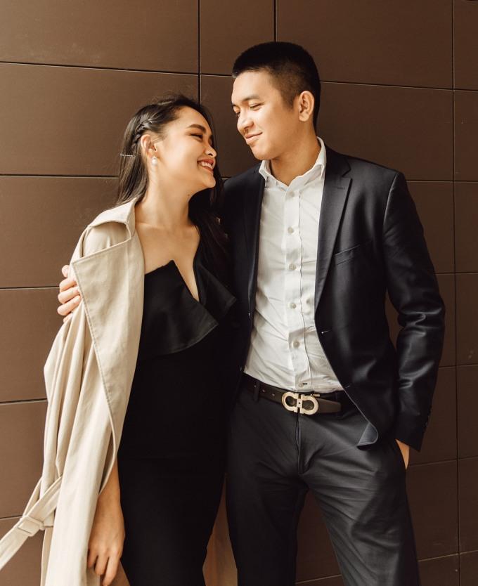 Linda Ngô - Phong Đạt quen mặt trên TikTok với những clip hài hước, đặc biệt là những màn lươn lẹo, thả thính hay trêu chọc người yêu... Kênh cặp đôi có hơn 2,3 triệu người theo dõi. Hơn một tháng qua, họ chuyển qua thêm nền tảng YouTube và tiếp tục gây chú ý.
